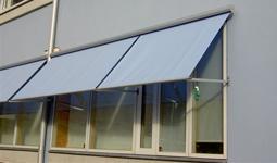 Fönstermarkis Svanholmen