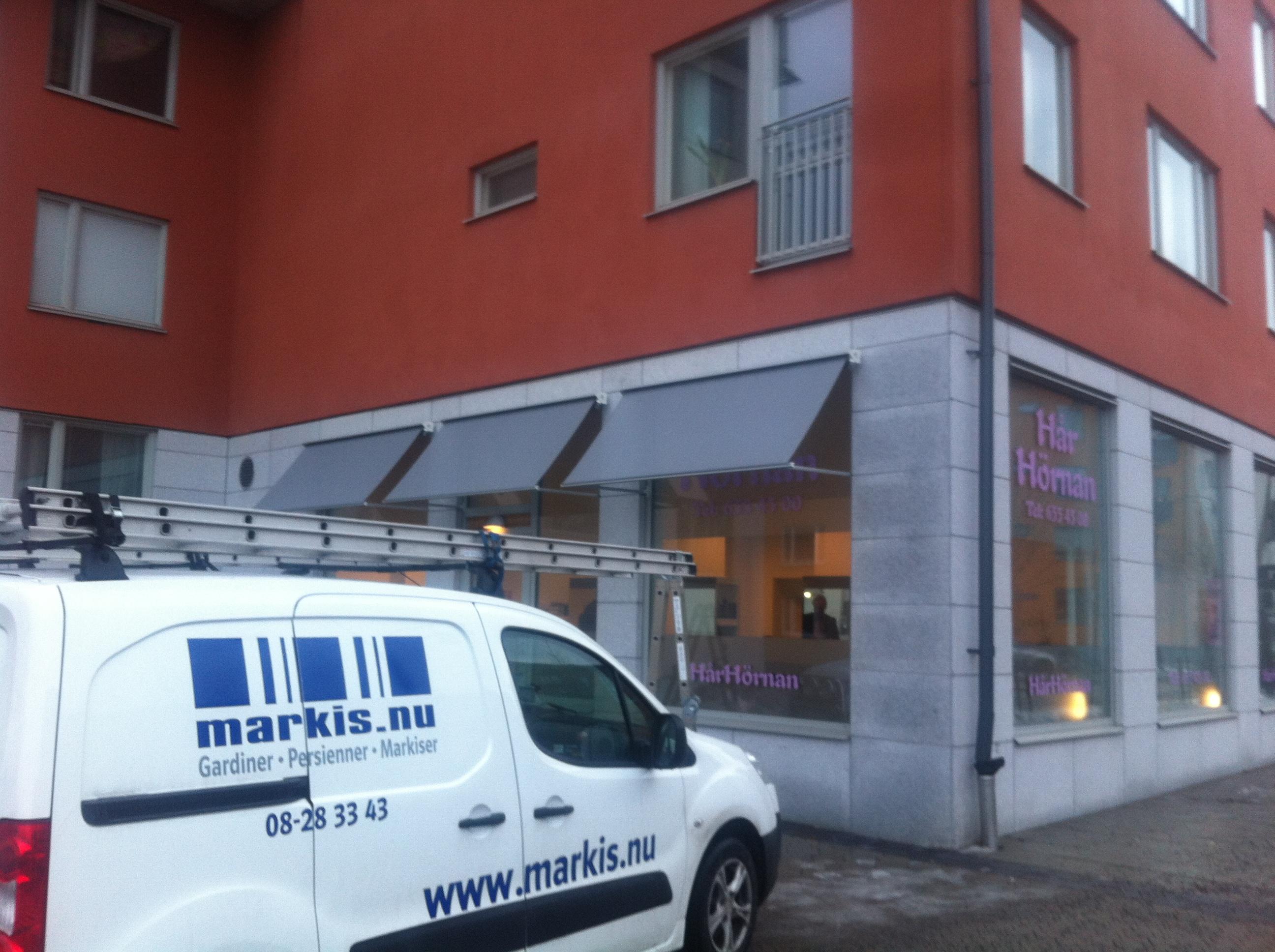 Vertikalmarkis - Solliden Ridå